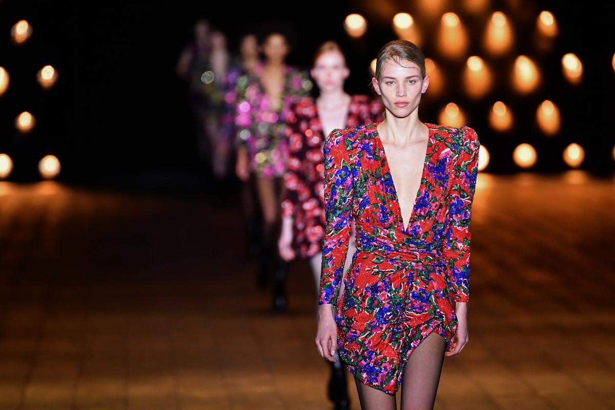 laurent saint runway shooting tips trend fashionista eighties fall runways